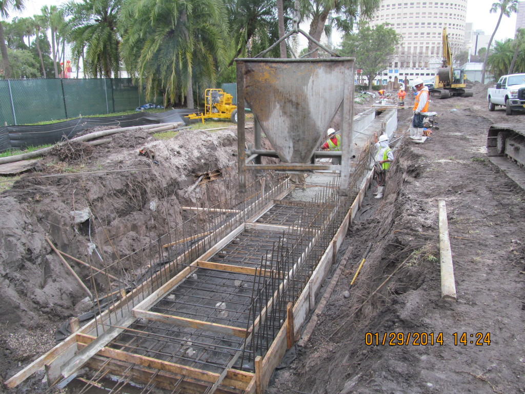 During - Bottom slab pour 27+63 to 27+25